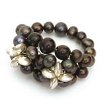 Black pearls with silver discs[211]