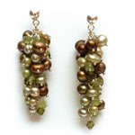 Green and  light green pearls, peridots and olivine crystals[604]